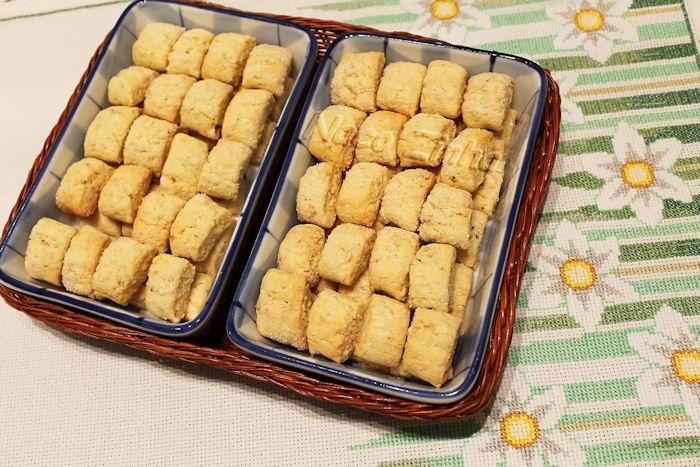 Biscoito de coco e castanha-de-caju
