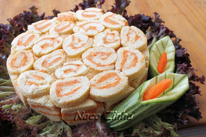 Torta rocambole de bacalhau e queijo reino