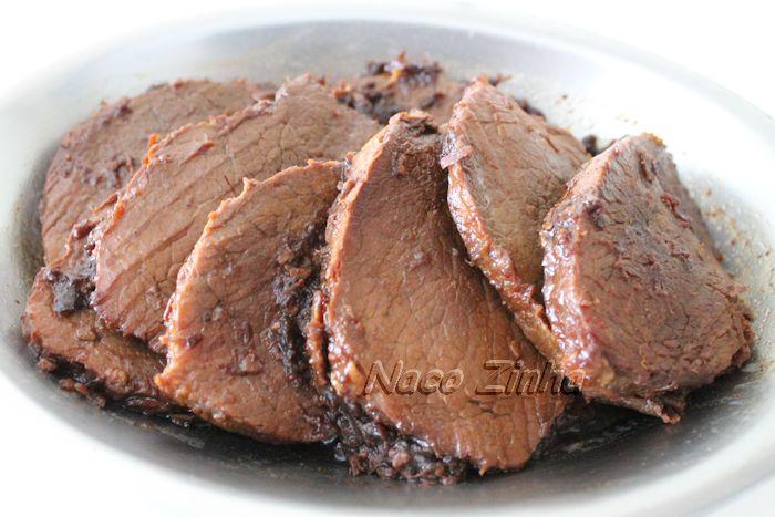 Carne assada na panela de pressão