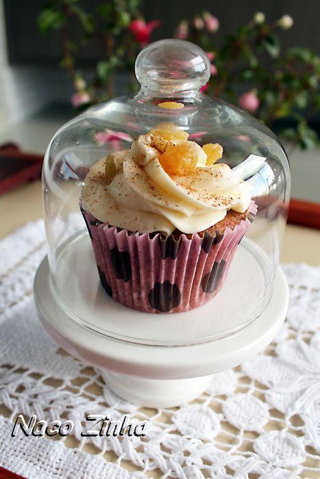 Cupcake de maçã, passas e canela