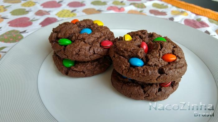 Cookies de chocolate MM - nacozinhabrasil