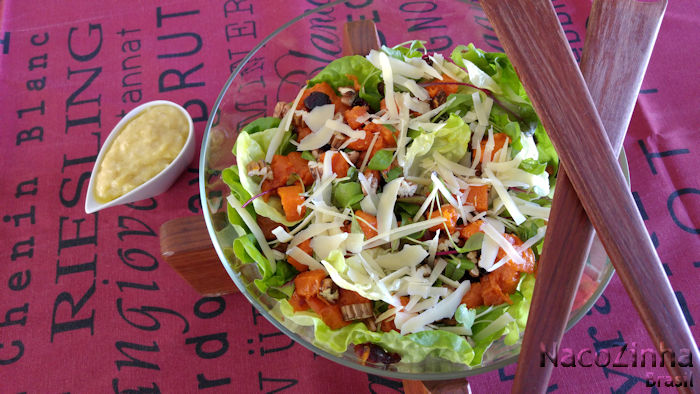 Salada de abóbora assada