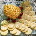 Patê de queijo em forma de pinha